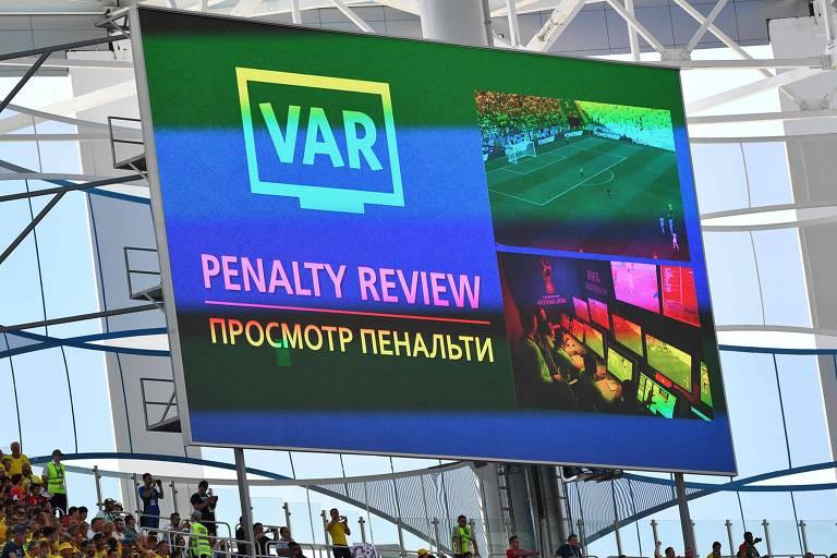 Árbitro de vídeo na Copa de 2018