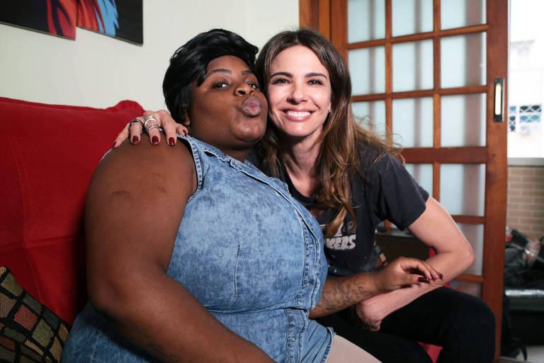 Luciana Gimenez foi ao bairro da Lapa, no Rio, conhecer a casa da funkeira Jojo Todynho