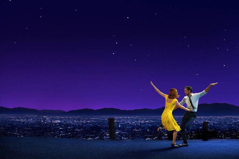 Emma Stone e Ryan Gosling no filme 'La La Land'