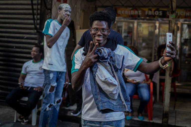 Senegaleses comemoram vitória em São Paulo