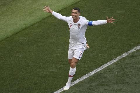 Cristiano Ronaldo decide, Portugal vence por 1 a 0 e elimina Marrocos da Copa