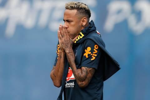 Neymar volta a treinar, e Tite deve repetir equipe titular contra a Costa Rica