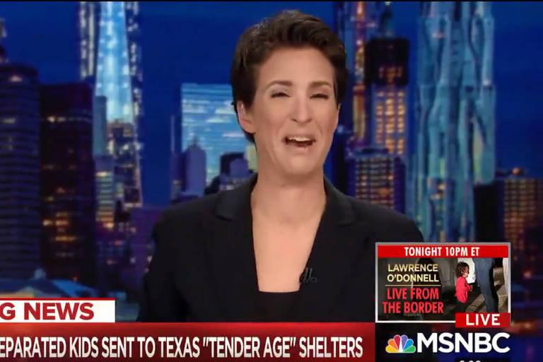 A apresentadora da rede MSNBC, Rachel Maddow, não conseguiu segurar as lágrimas ao ler uma notícia sobre filhos de imigrantes ilegais que estão sendo separadas de seus pais na fronteira dos Estados Unidos