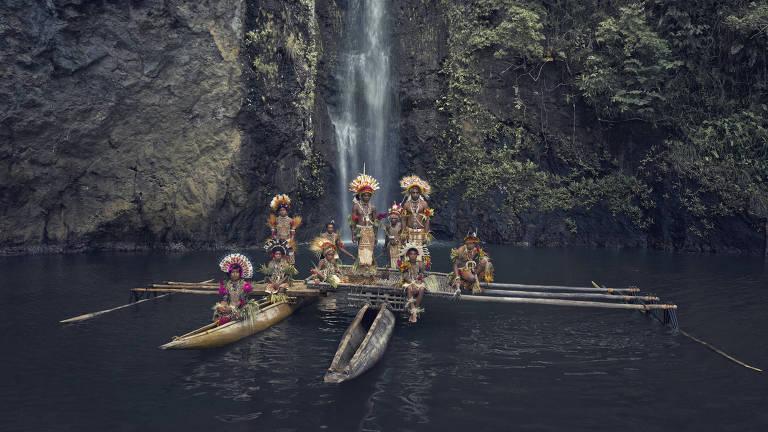 Imersão em regiões remotas, de Jimmy Nelson