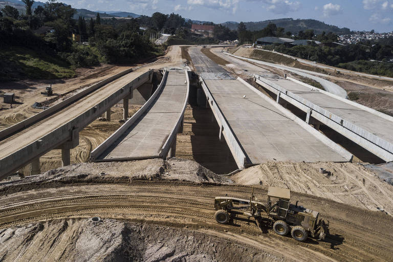 Obras do trecho norte do Rodoanel, na região da rodovia Fernão Dias (Km 82)