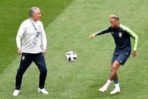 Com Neymar, Brasil quer equilíbrio para tentar primeira vitória na Copa