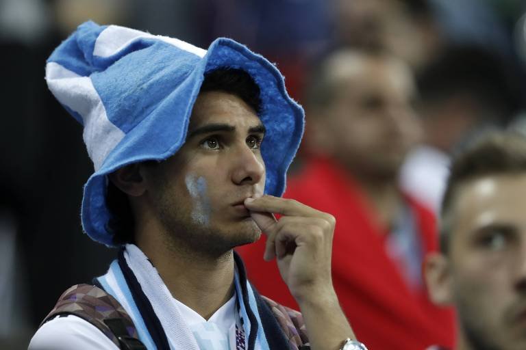 Tristeza dos torcedores argentinos na Rússia