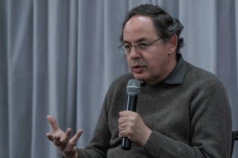 SÃO PAULO, SP, BRASIL, 05-06-2018: O economista e filósofo Eduardo Giannetti, durante o debate