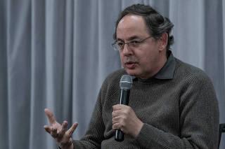 Eduardo Giannetti, durante o debate