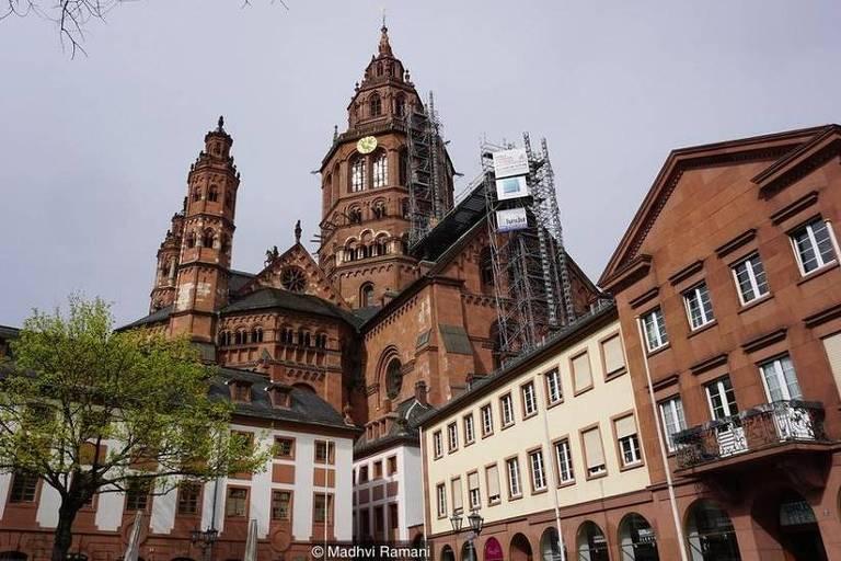 Além de ser a terra natal de Gutenberg, Mainz é conhecida por sua catedral e vinhos