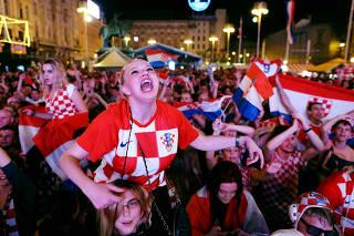 Soccer Football - World Cup - Group D - Argentina vs Croatia