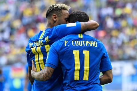 Com gols nos acréscimos, Brasil supera nervosismo e bate Costa Rica por 2 a 0