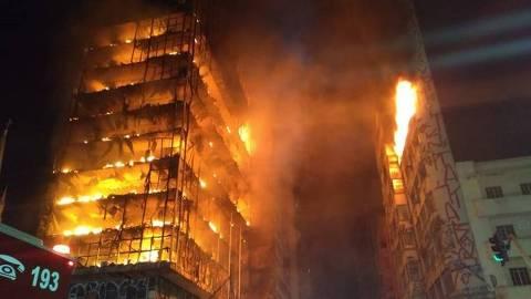 Incêndio em prédio no Largo do Paissandu - Corpo de Bombeiros de São Paulo