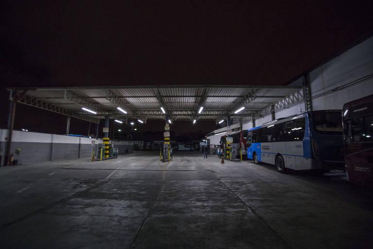 Garagem de empresa de ônibus na zona sul de São Paulo
