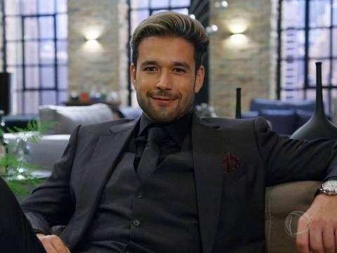 """O ator Sérgio Marone é o intérprete do vilão Ricardo, na novela """"Apocalipse"""""""