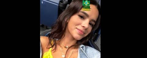 Bruna Marquezine escolheu um top amarelo para torcer pelo Brasil