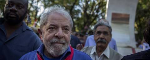 PODER -  CARAVANA LULA  - Sao Borja- RS -  o ex Presidente Lula faz deiscurso e visita o tumulo de Getulio Vargas . 21/03/2018. Foto: Marlene Bergamo/FolhaPress - 017 - ORG XMIT: AGEN1803211923975446 DIREITOS RESERVADOS. NÃO PUBLICAR SEM AUTORIZAÇÃO DO DETENTOR DOS DIREITOS AUTORAIS E DE IMAGEM