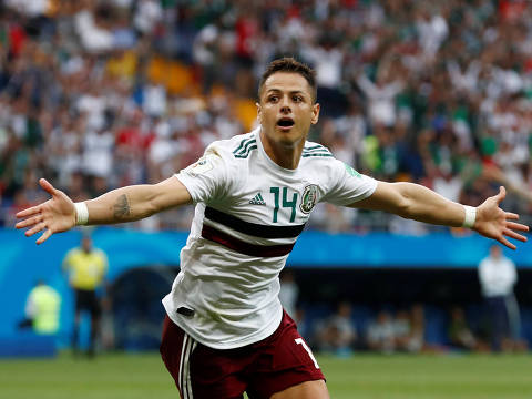 Soccer Football - World Cup - Group F - South Korea vs Mexico - Rostov Arena, Rostov-on-Don, Russia - June 23, 2018   Mexico's Javier Hernandez celebrates scoring their second goal    REUTERS/Damir Sagolj ORG XMIT: AI