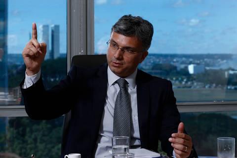 BRASILIA, DF,  BRASIL,  21-06-2018, 12h00: O ministro do Planejamento Esteves Colnago durante entrevista em seu gabinete.. (Foto: Pedro Ladeira/Folhapress, PODER) ***ESPECIAL*** ***EXCLUSIVO***