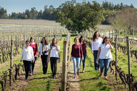 D'Uvas - Portugal Wine Girls -Esq-Catarina Vieira-Ma?er-Rita Pinto.  Fabrice Demoulin/Divulgação