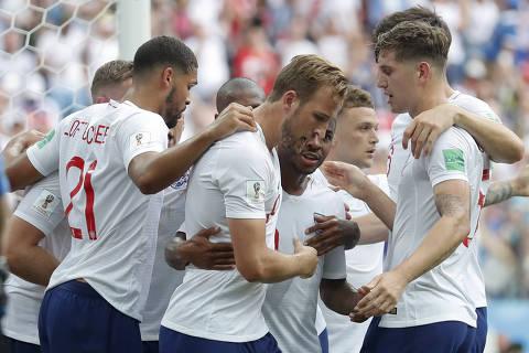 Placares elásticos do final de semana elevam média de gols da Copa da Rússia