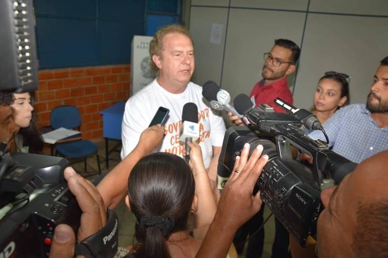 É natural não crer na política, diz governador investigado no Tocantins