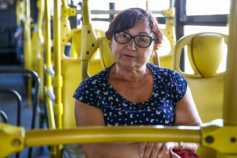 Avelina Amaro, 63, na rodoviária de Brasília