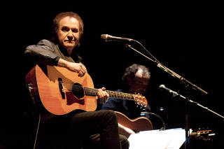 Ray Davies And The Crouch End Choir Perform At HAmmersmith Apollo In London