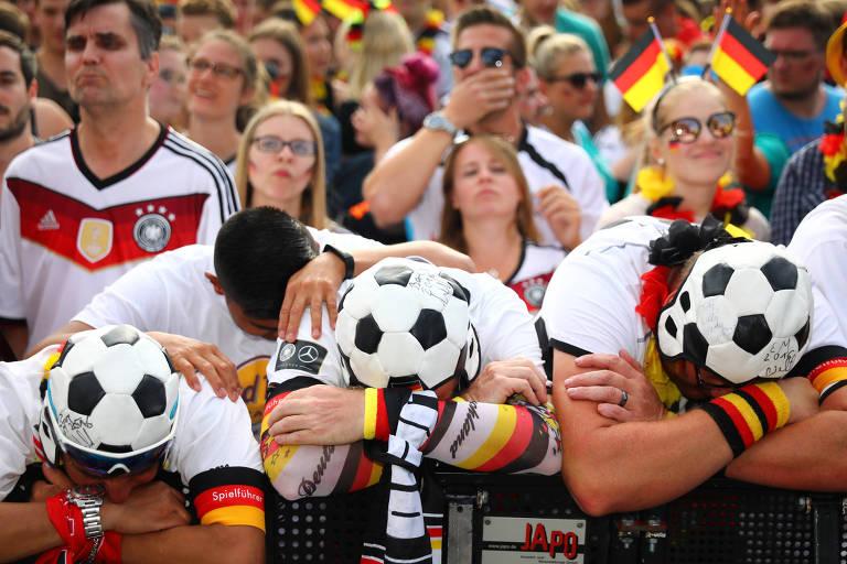 Na Alemanha, torcedores lamentam desclassificação na Copa