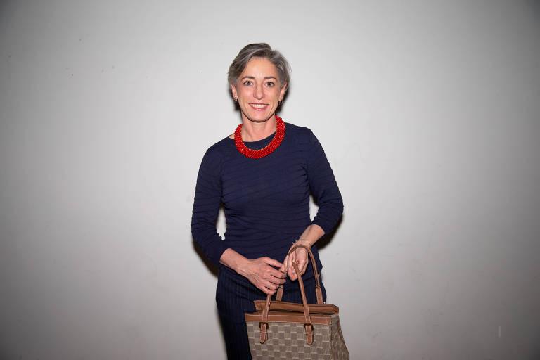 """Vera Iaconelli no lançamento de """"Homem-Objeto e Outras Coisas sobre Ser Mulher"""", de Tati Bernardi, na Livraria da Vila nos Jardins"""