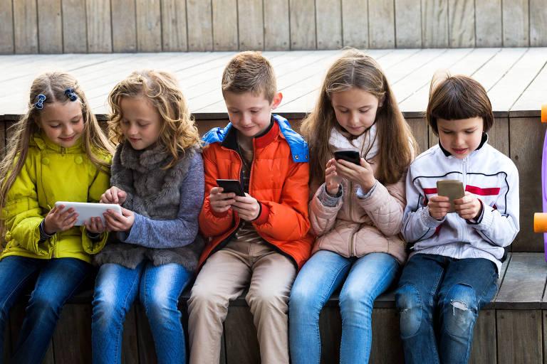 Celular, rede social e sala de aula não precisam ser inimigos - 24/10/2019 - Educação - Folha