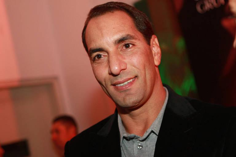 Ex-jogador Edmundo no lançamento da rádio esportiva Bradesco FM