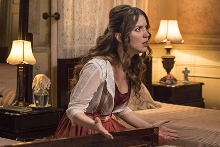 """Elisabeta (Nathalia Dill) em cena de """"Orgulho e Paixão"""""""