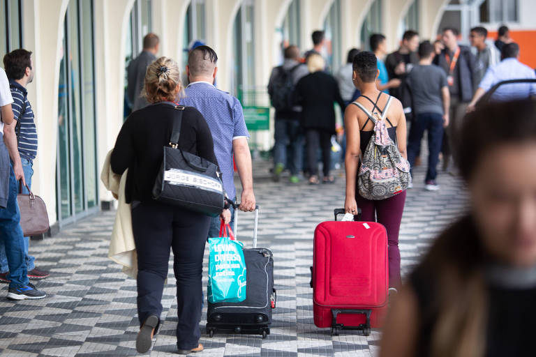 Transporte clandestino em aeroportos