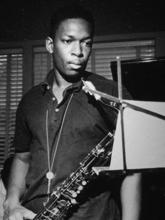O músico americano John Coltrane