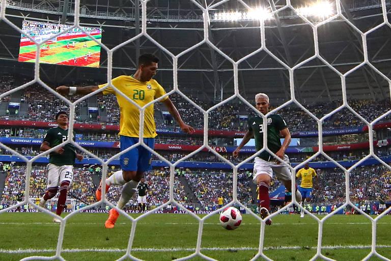 Brasil iguala recorde de jogos e supera Alemanha em total de gols em ... 1e2a1acb88fdd