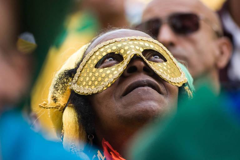 Torcedores veem Brasil x México em São Paulo