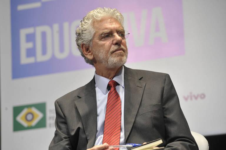 O sociólogo Cesar Callegari, durante seminário promovido pela Folha