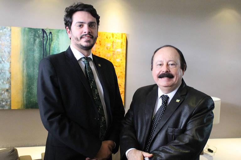 Tavares, candidato em SP, ao lado de Levy Fidelix