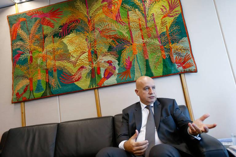 O ex-ministro do Planejamento Valdir Simão, durante entrevista à Folha, em 2016