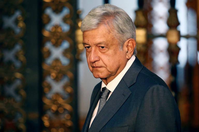 O presidente mexicano Andrés Manuel López Obrador se dirige à imprensa após ser eleito presidente, em 2018