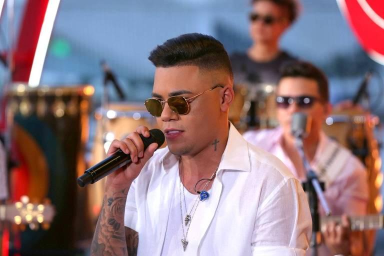O cantor Felipe Araújo durante a gravação de seu DVD