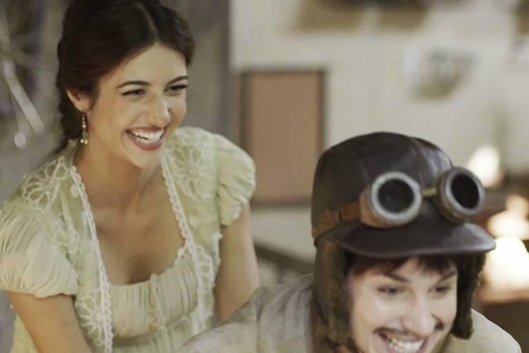 Cecília já sabe que Mariana se veste de Mário para poder pilotar motos (Foto: TV Globo)