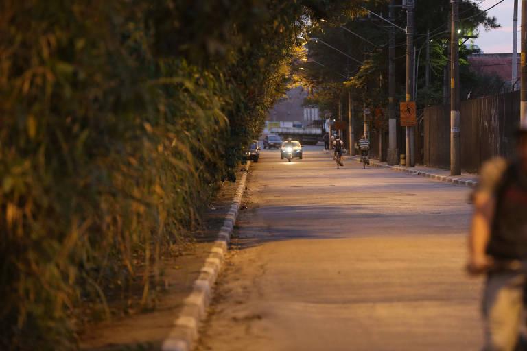 Mal iluminada, região da USP Leste tem série de assaltos a alunos