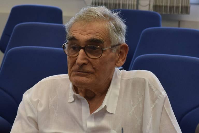 O professor da USP e físico Ernst Hamburger, em foto de 2015
