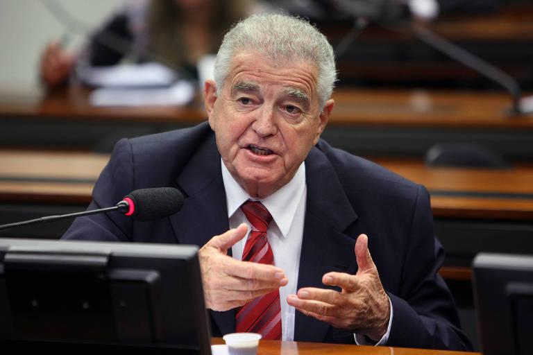 O deputado federal Nélson Marquezelli durante reunião em Brasília