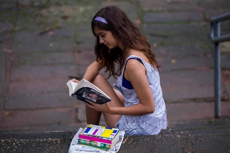 Ana Moioli, 18, tirou nota máxima na redação do Enem em 2016
