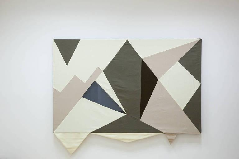 As obras produzidas por costureiros ao longo da mostra de Laura Lima serão expostas no Octógono