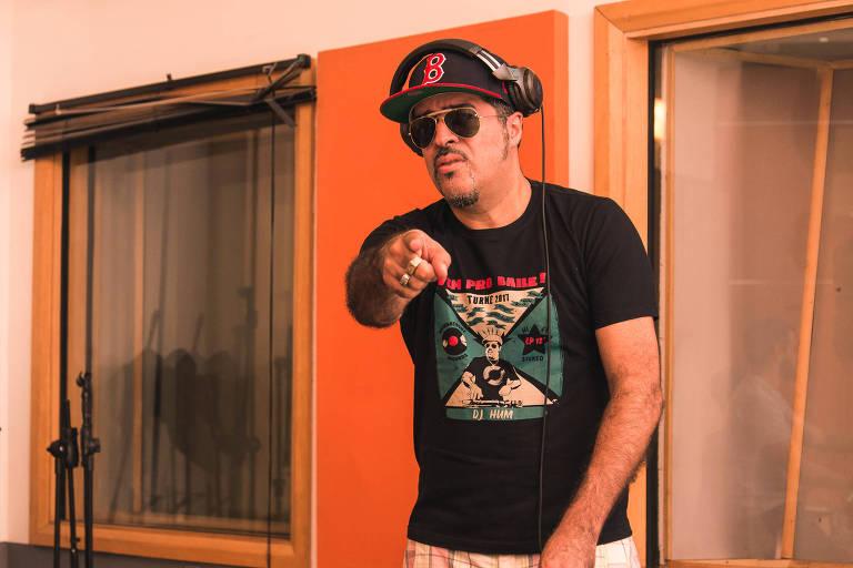 DJ Hum lança e disco faz show de graça no Sesc Santana