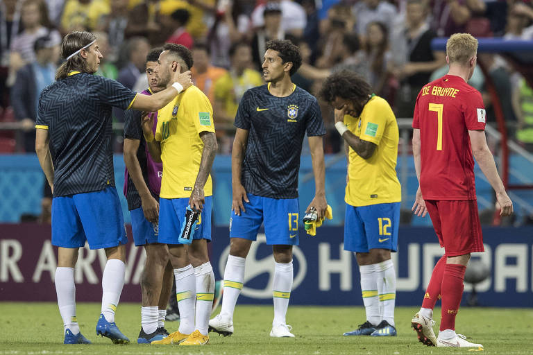 Jogadores da seleção brasileira lamentam derrota para a Bélgica 769a9816d51ac
